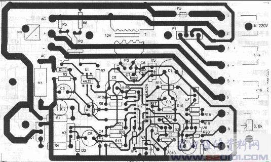 成品直流电机无级调速电路板很贵,我在维修一台包装机时得到一块直流电机调速板,经测绘并制作成功,现奉献给大家。 这块电路板电路简单,成本不高,制作容易,电路作简单分析:220V交流电经变压器T降压,P2整流,V5稳压得到9V直流电压,为四运放集成芯片LM324提供工作电源。P1整流输出是提供直流电机励磁电源。P4整流由可控硅控制得到0-200V的直流,接电机电枢,实现电机无级调速。R1,C2是阻容元件,保护V1可控硅。R3是串在电枢电路中作电流取样,当电机过载时,R3上电压增大,经D1整流,C3稳压,W1调