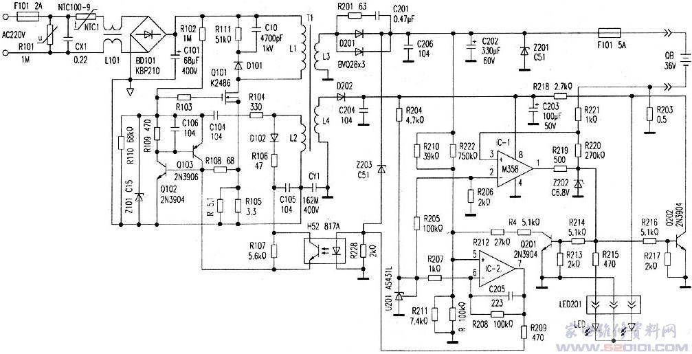 一台浙江产OLONC WLE-36V铅酸电池充电器,其输入AC220V/80VA,输出DC36V/1.6A。这台充电器发生不能充电的故障,打开盖盒看做工尚好,两块大面积铝制门形状的散热器,几乎罩满电路板元件面,为电源开关管和快恢复二极管散热。查看发现电源桥整后的电解电容器、开关变压器底下四周有许多漏液,其他电子元件周围也有不同程度漏液。电路板上的市电进线保险已被拆除了,看来已被人检查过。先清除印制板上的漏液,按照元件布局,画出印制电路板,并整理出电气原理图(见附图所示)来分析电路,以供大家维修调试参考。