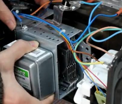 微波炉磁控管检测_格兰仕微波炉磁控管复位视频_生活电器_视频教程